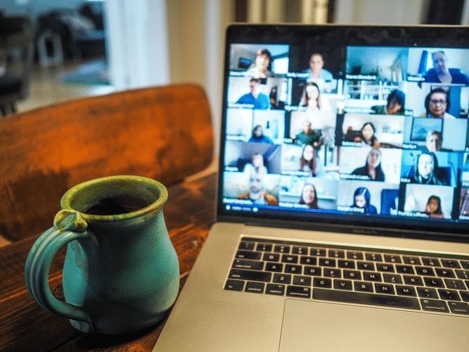 travailler-avec-un-freelance-etre-entreprise-freelancer-friendly